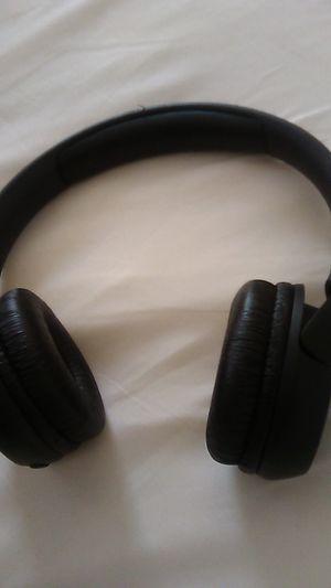 Jbl Bluetooth headphones for Sale in Philadelphia, PA