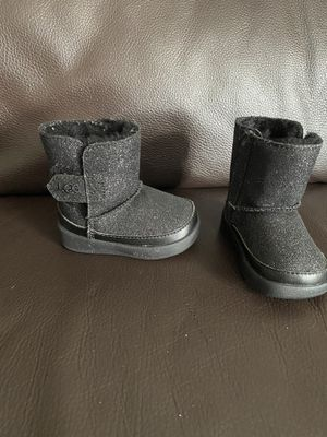 Toddler Girl UGG boots for Sale in Brooklyn, NY