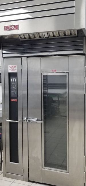 Rotary oven.Excellent condition for Sale in El Cajon, CA