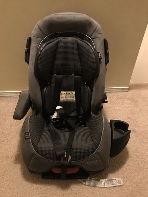 Alpha elite car seat for Sale in Concord, NH