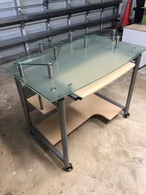 Glass Computer Desk for Sale in Miami, FL