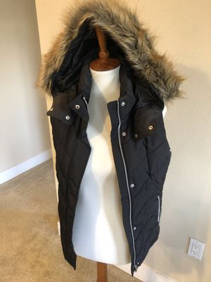 Women's fur vest size 4 for Sale in Anaheim, CA