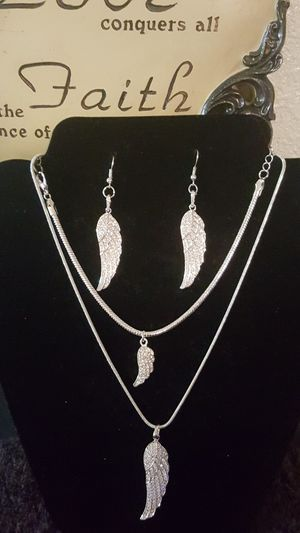 3 pc Wings of an Angel Jewelry Set for Sale in Detroit, MI