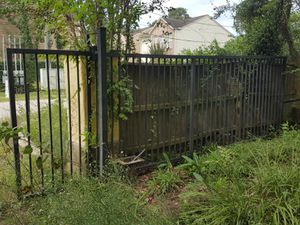 18' & 13' DRIVEWAY GATES for Sale in Houston, TX