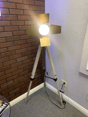 Floor lamp for Sale in El Cajon, CA