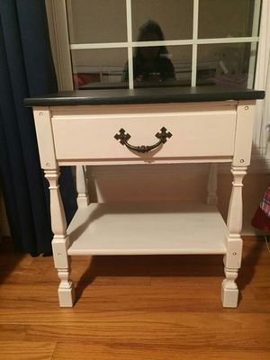 Nightstand for Sale in Rockville, MD