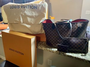 Louis Vuitton Neverfull GM & Card holder wallet for Sale in TEMPLE TERR, FL