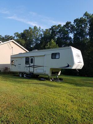 Fifth wheel camper for Sale in Luray, VA