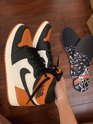 Shattered backboard air jordan 1 size 9 for Sale in Anaheim, CA