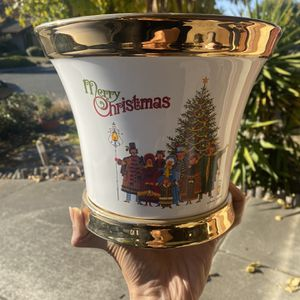 Christmas Pot for Sale in Vallejo, CA