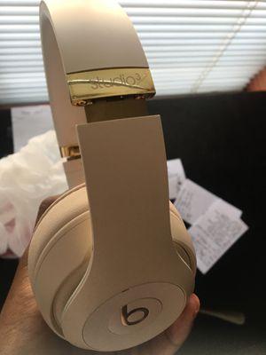 Beats Studio 3 headphones wireless for Sale in Las Vegas, NV