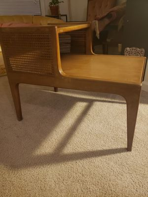 Mid-century Modern side table for Sale in Duluth, GA