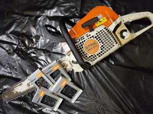 STIHL MS 311 CHAIN SAW with 4 brand new chains for Sale in Miami Gardens, FL