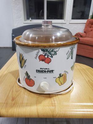 Rival Crock Pot Stonware Slowcooker for Sale in Pasadena, CA