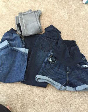Size large maternity for Sale in Elgin, IL