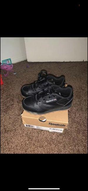Reebok shoes 9c for Sale in Pontiac, MI