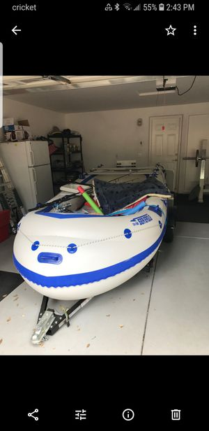 124 SMB Sea eagle inflatable boat heavy duty for Sale in West Sacramento, CA