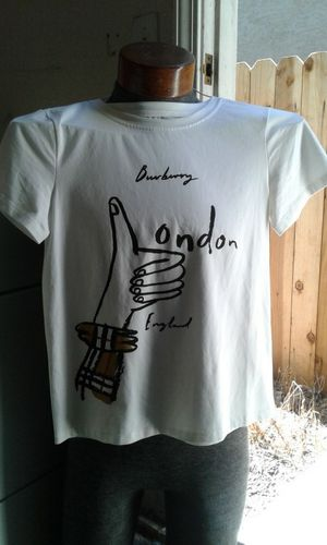 Burberry Ladies Tee for Sale in Morgan Hill, CA