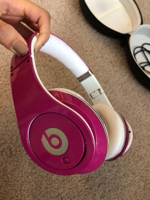 Pink Dre Beats Headphones (wired) for Sale in Herndon, VA