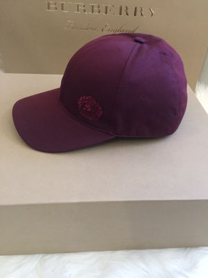 New Authentic Burberry Men Hat Size M/L for Sale in Tolleson, AZ