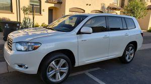 2008 Toyota highlander sport 4wd for Sale in Phoenix, AZ
