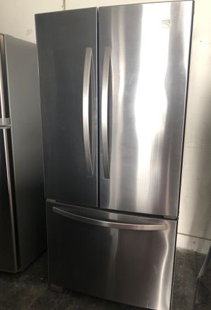 KENMORE refrigerator for Sale in Palmdale, CA