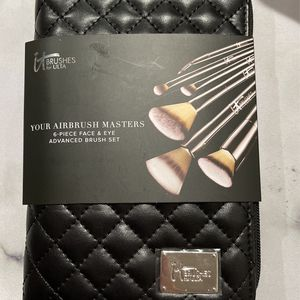 It Cosmetic Brushes for Sale in San Antonio, TX