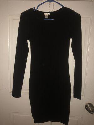 long selvee dress for Sale in Dallas, TX