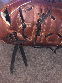 "Adidas EQT 12"" Glove for Sale in Fife,  WA"
