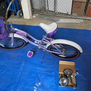 "20"" Girls Huffy Bike With Training Wheels for Sale in Beaverton, OR"