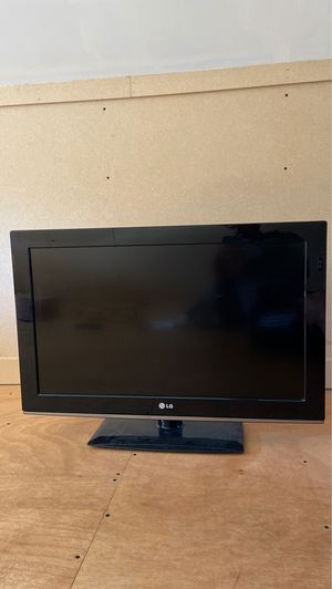 """TV - 32"""" LG with remote for Sale in OR, US"""