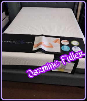 "12"" King size Pure Gel memory foam mattress for Sale in Glendale, AZ"