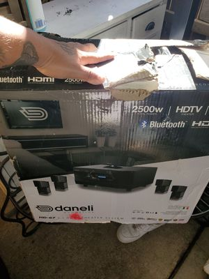 Home theater surround sound system for Sale in Colton, CA