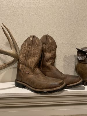 Justin Boot. Womens. Size 6 1/2. Brown boots. Never worn. for Sale in Florence, KY