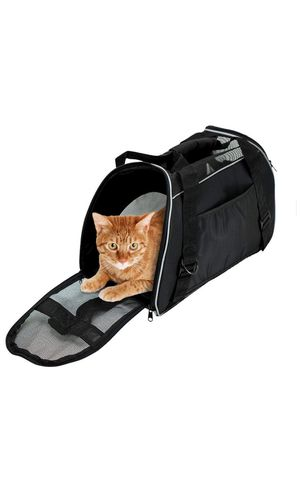 Pet carrier for Sale in Long Beach, CA
