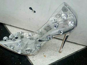 Silver heels for Sale in Queens, NY