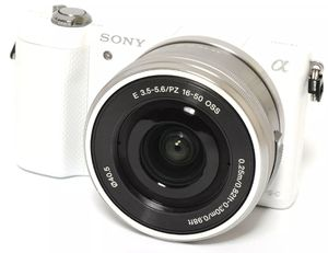 Sony Alpha a5000 Mirrorless Digital Camera with 16-50mm OSS Lens for Sale in Reading, PA