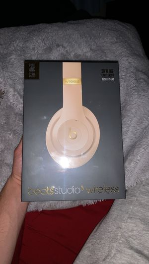 Beats studio 3 wireless (Skyline Edition) for Sale in Delaware City, DE