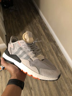 Adidas nite jogger size 12 for Sale in Roseville, CA
