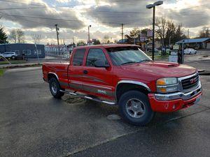 Update LOW MILEAGE!! 04 GMC SIERRA K1500 SLE Limited for Sale in Portland, OR
