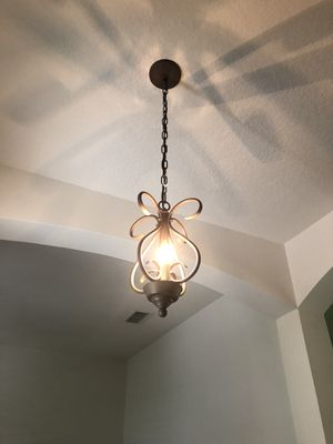 Gorgeous Pendant Light Fixture-Foyer, Entryway, Hallway, Small Kitchen Table Area for Sale in HOWEY IN HLS, FL