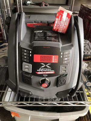 Schumacher Battery Extender 12-Volt, 1,200 Amp Battery Jump Starter for Sale in Temple City, CA