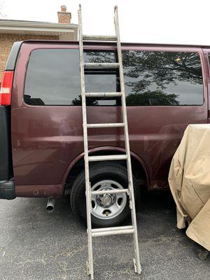 16' Aluminum Extension Ladder for Sale in Oak Lawn, IL