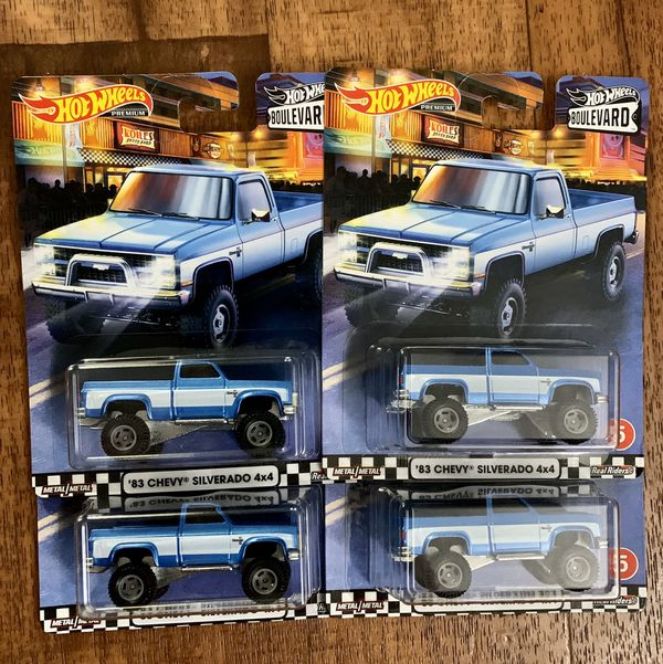 Hot Wheels Boulevard '83 Silverado 4x4