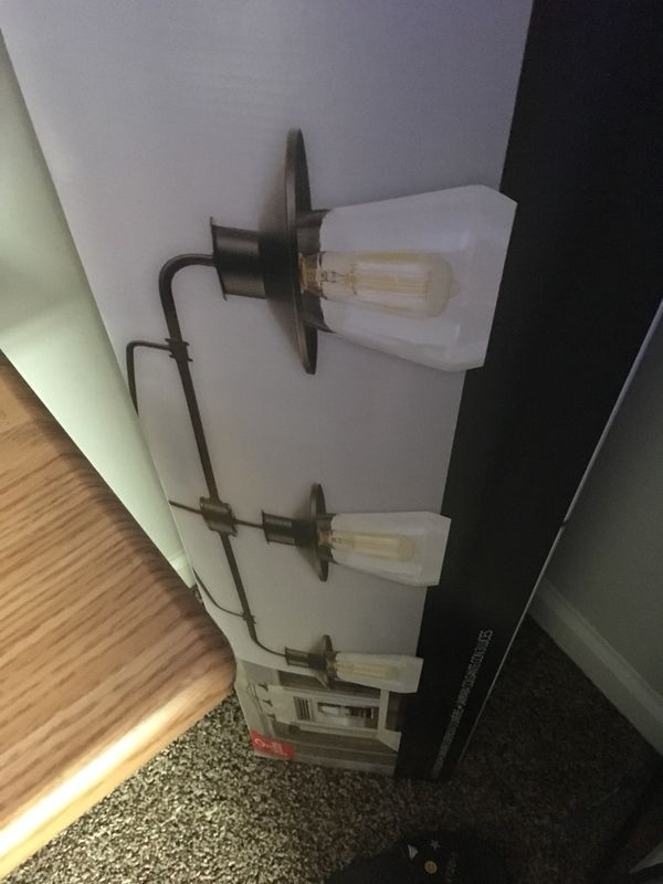 Three pendant light...great condition