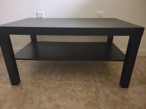 Coffee table for Sale in Pembroke Pines, FL