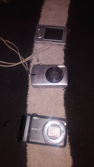 Various digital camera for Sale in Tacoma, WA