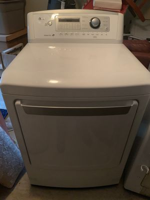 Washer & Dryer Set (Made by LG) for Sale in Tomball, TX