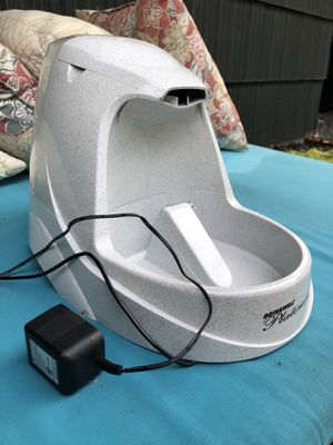 Easy to use! Cat/ Dog Drinking Fountain for Sale in Houston, TX