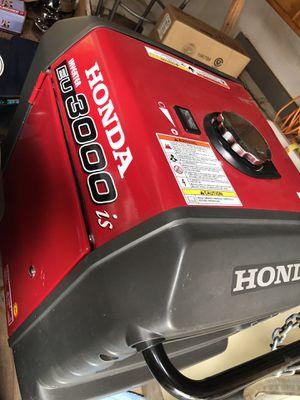 HONDA CUBE 3000 IS GENERATOR LIKE NEW for Sale in Arroyo Grande, CA